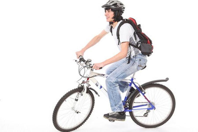 Ciclabile di via borgazzi 39 monza in bici 39 chiede il for Bicicletta per tre persone
